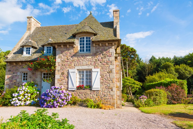 How to purchase a secondary home on the Côte Fleurie